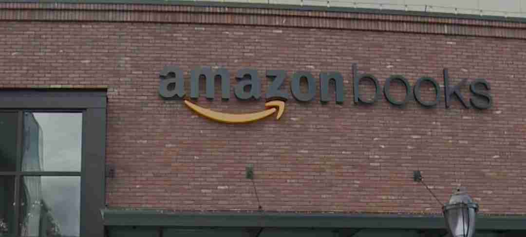 How Amazon is Reinventing Retail – Literally from The Ground Up!