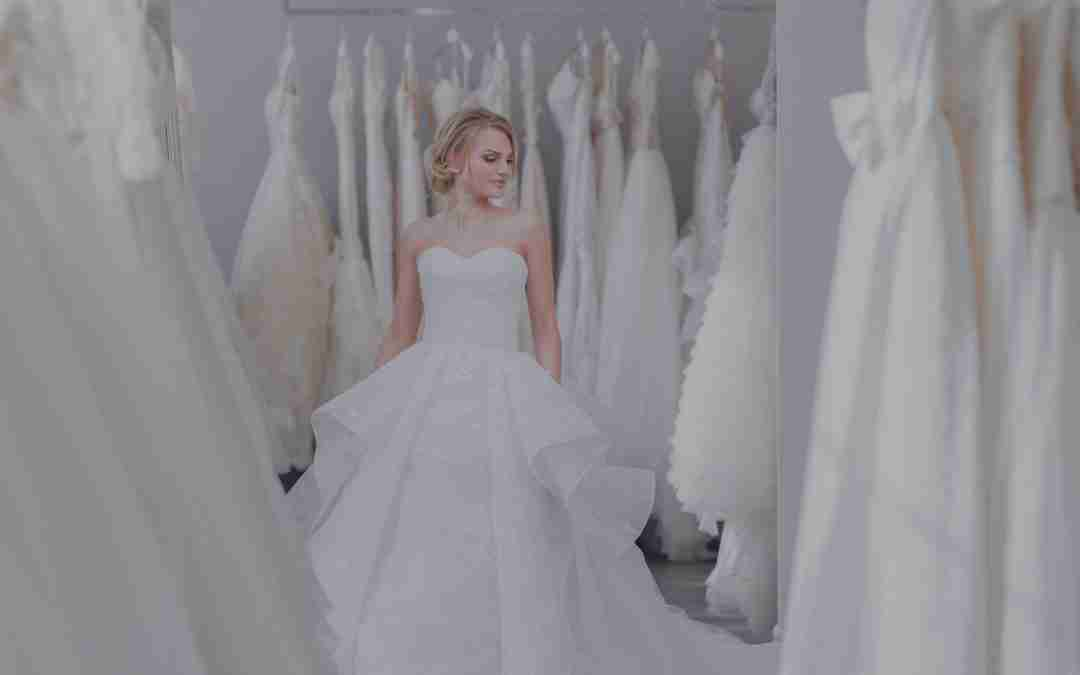 What does Bridal Wear have in common with Business Model Transformation?